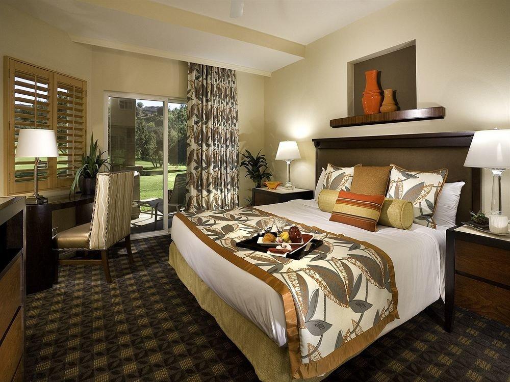 Family Resort Bedroom property Suite living room home condominium cottage