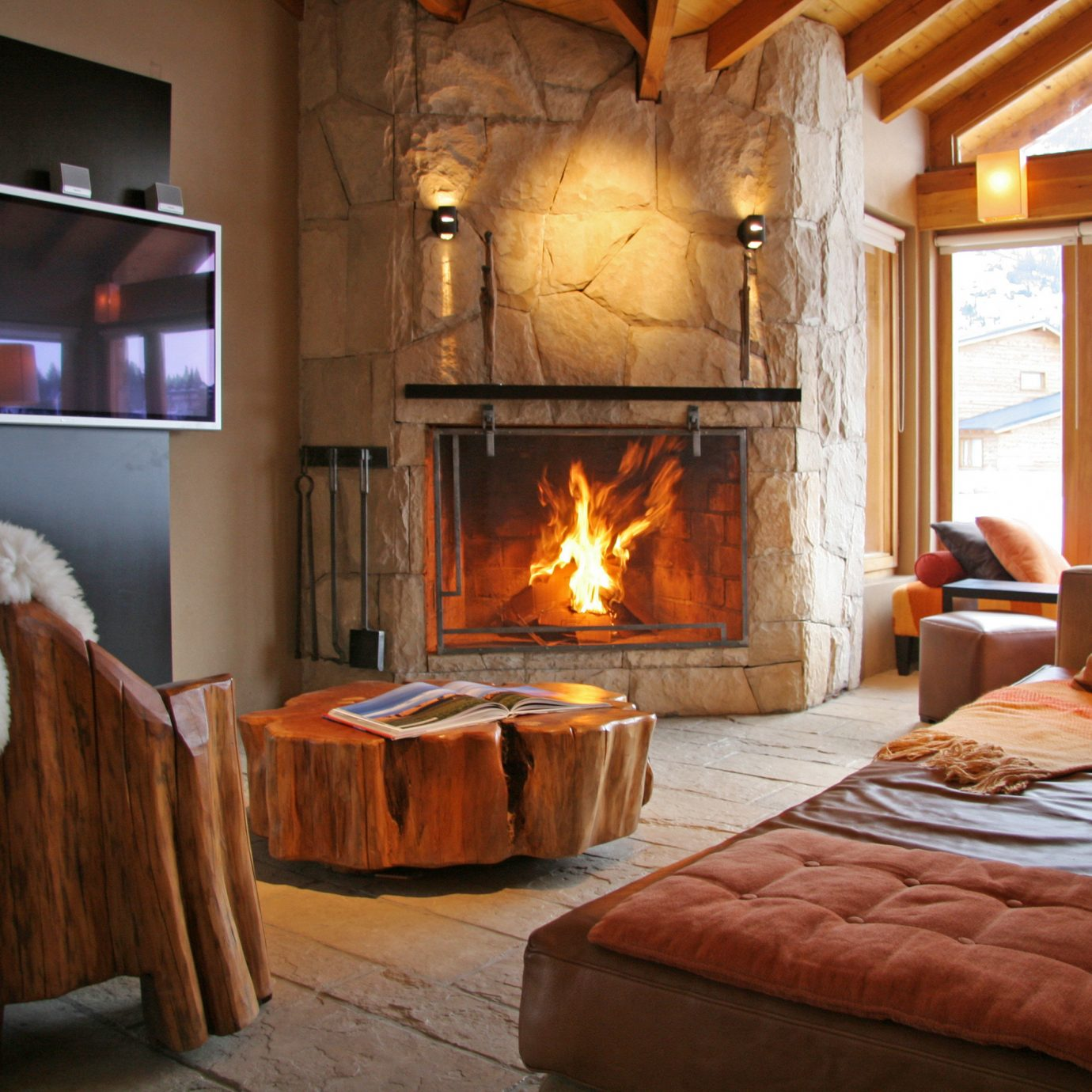 Fireplace property living room fire home cottage hardwood hearth farmhouse Bedroom stone