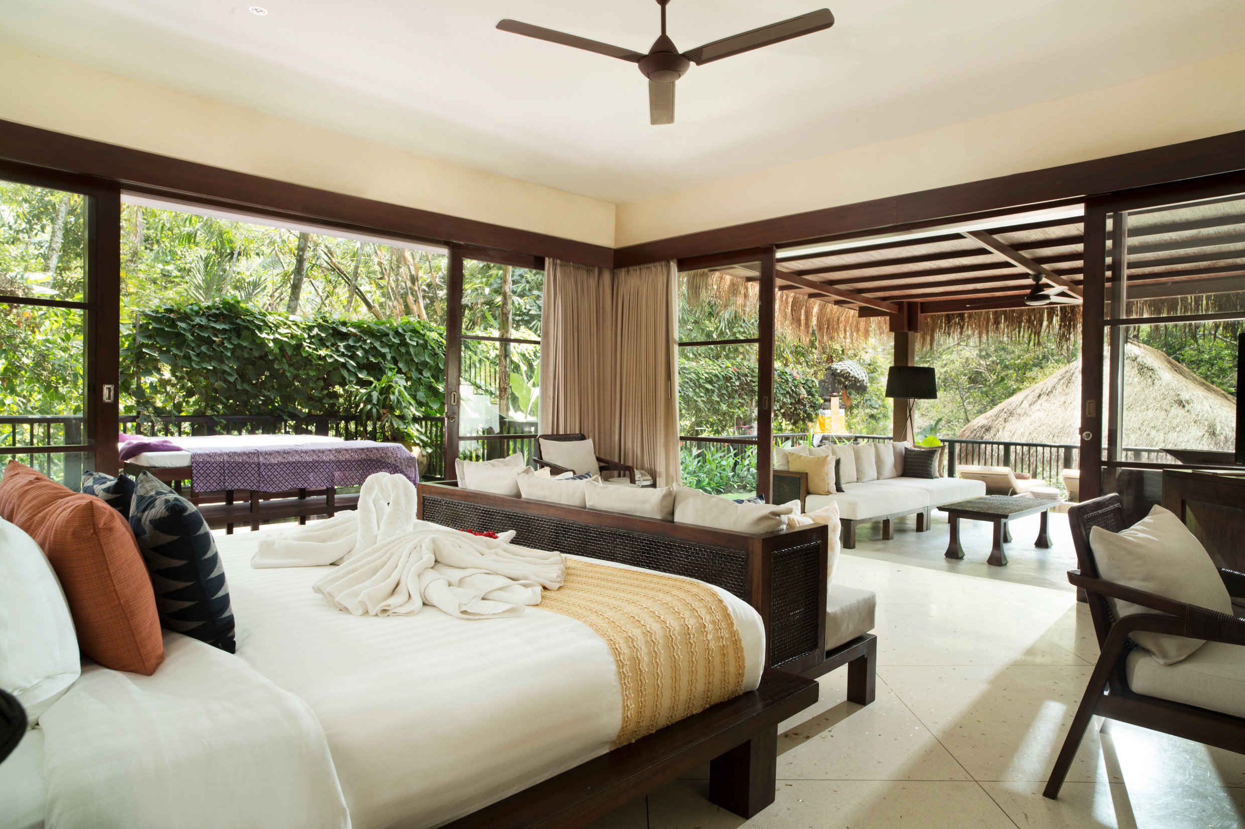 Health + Wellness Hotels sofa property Resort living room home condominium Villa Suite cottage mansion porch Bedroom