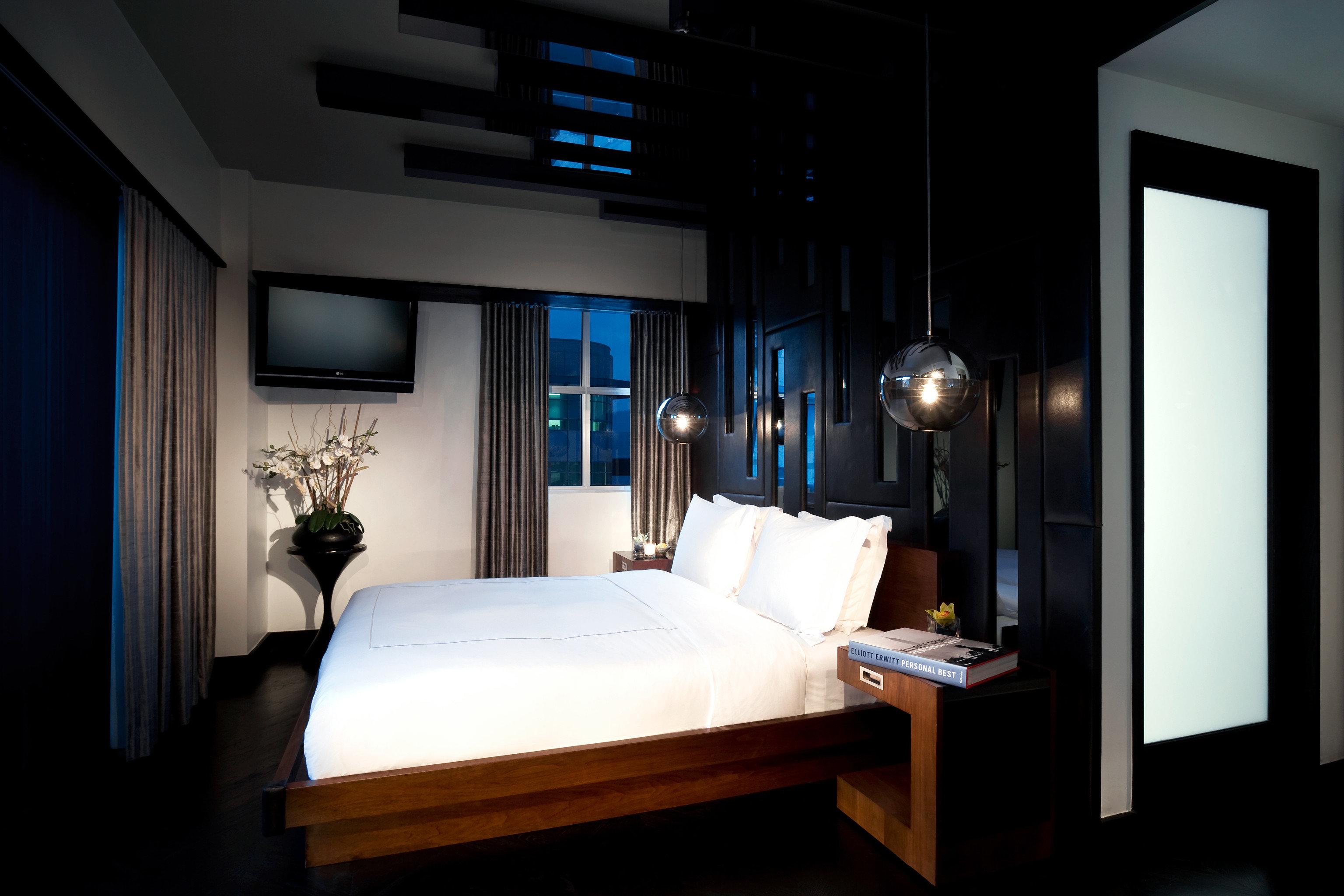 Bedroom Hip Hotels Modern Nightlife Party house Suite lighting home living room