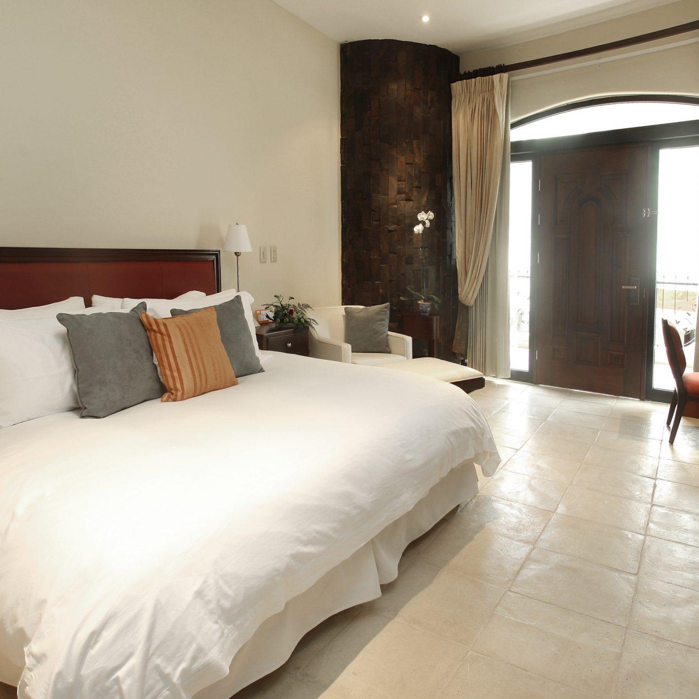 Bedroom Hip Lounge Luxury Modern Suite property cottage Villa