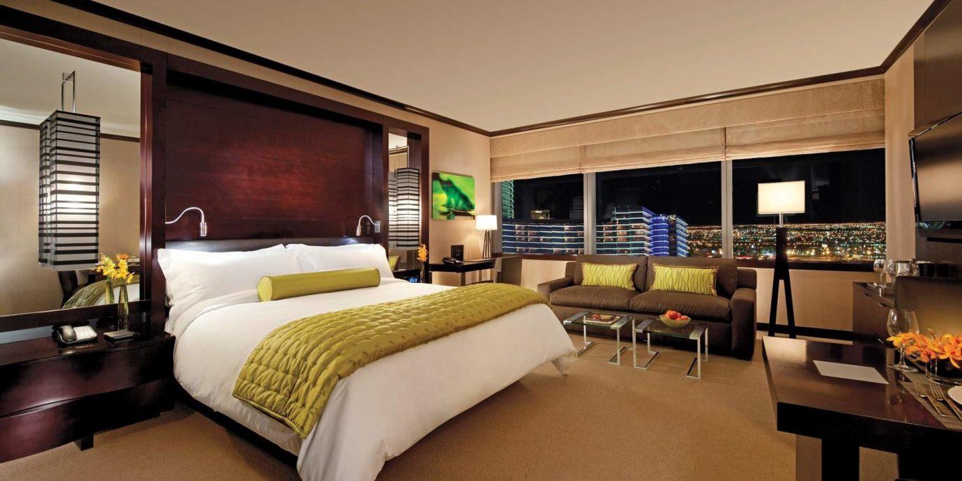 Bedroom Hip Lounge Luxury Modern Suite property yacht condominium living room passenger ship vehicle Villa