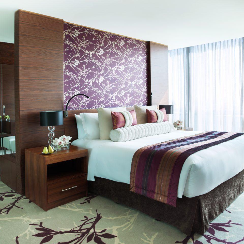 Bedroom Hip Lounge Luxury Modern Suite property living room home cottage condominium flat