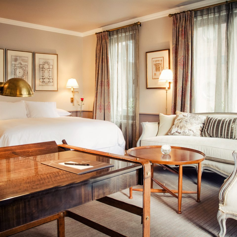 Bedroom Hip Lounge Luxury Modern Suite sofa property living room home condominium