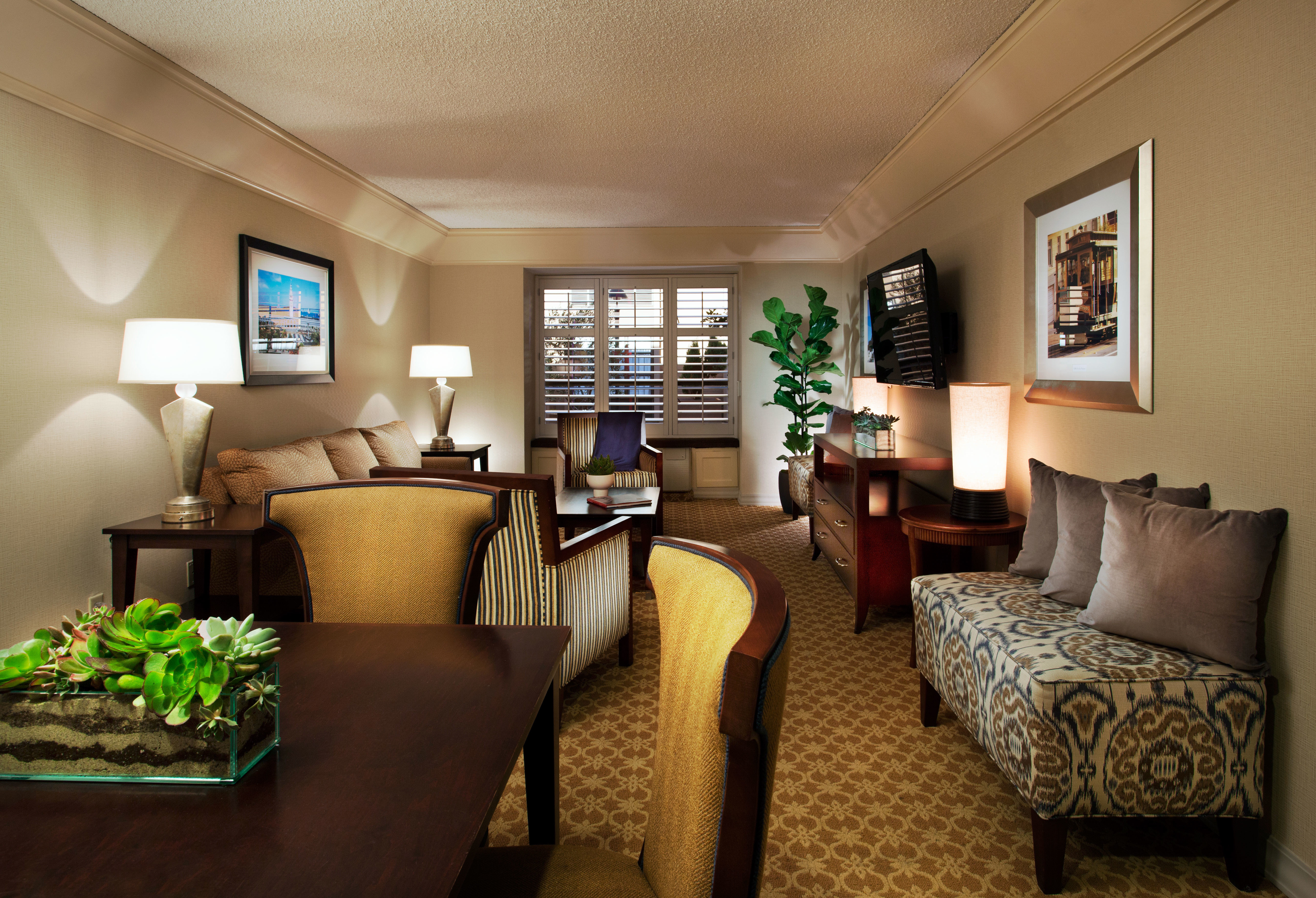 Hip Lounge Luxury Modern property living room home condominium Suite cottage Bedroom Villa