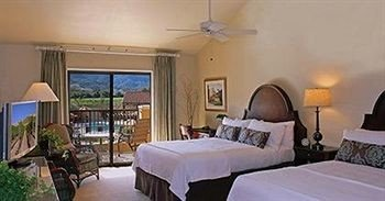 Bedroom Hip Lounge Luxury Suite property Resort cottage Villa condominium