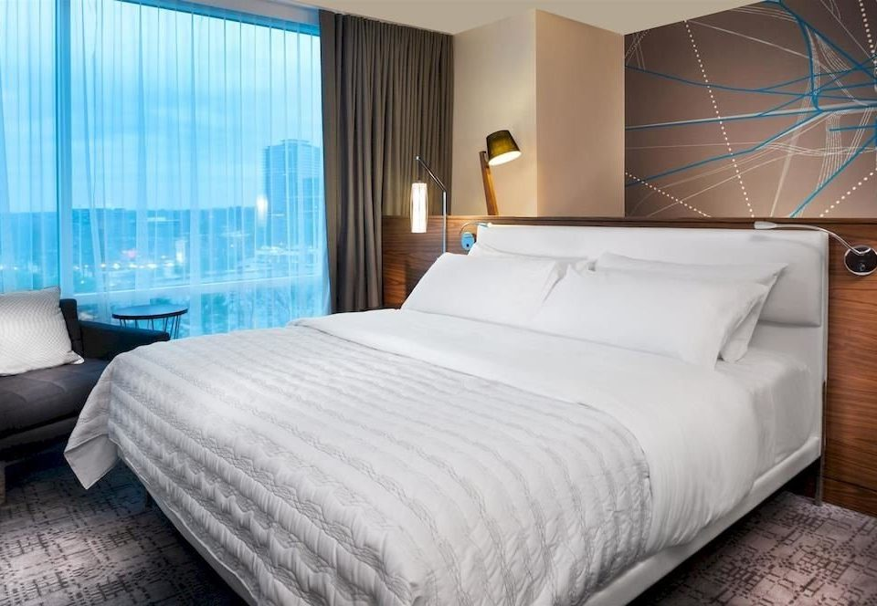 Bedroom Hip Lounge Luxury Modern Suite property bed sheet cottage bed frame