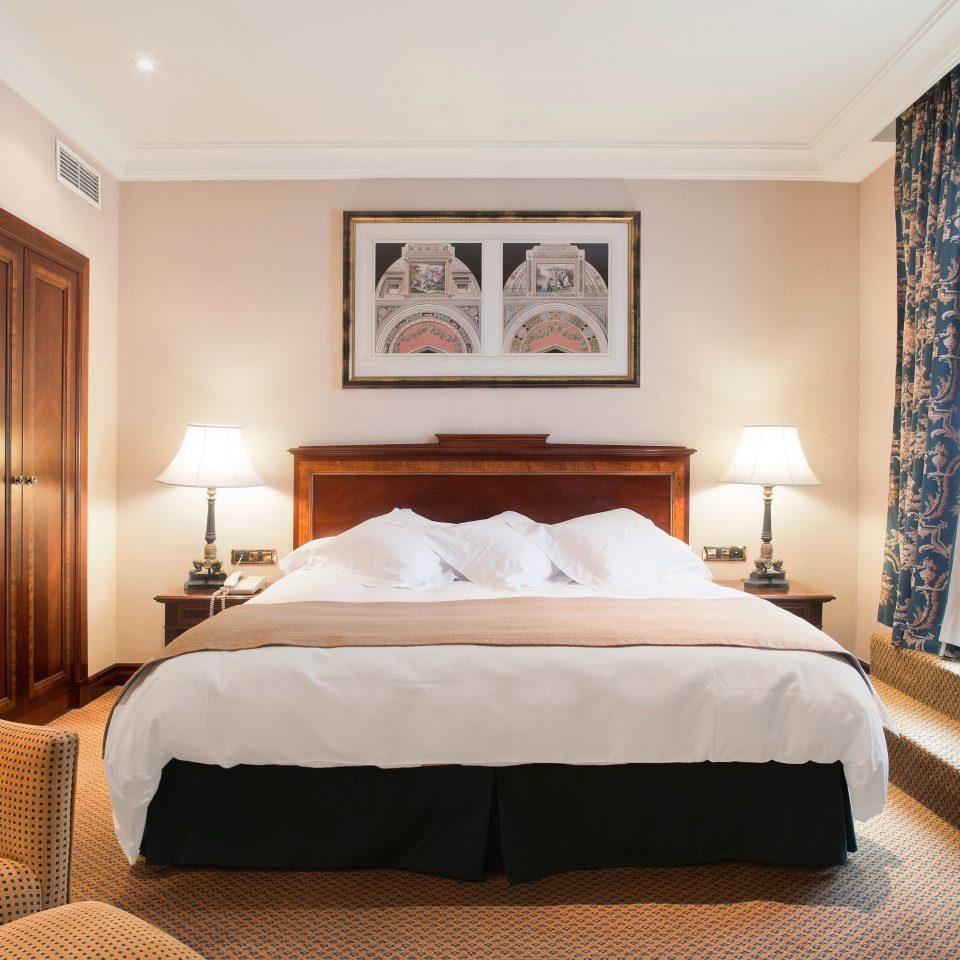 Bedroom Hip Lounge Luxury Modern Suite property cottage