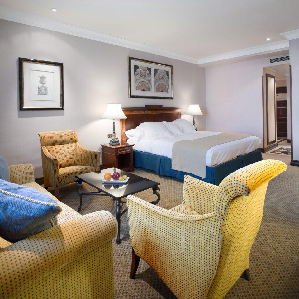 Bedroom Hip Lounge Luxury Modern Suite sofa property living room cottage condominium