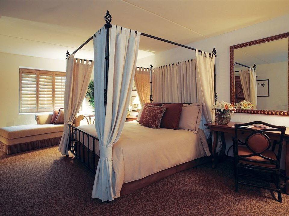 Bedroom Hip Lounge Luxury Suite property cottage home living room hardwood Villa