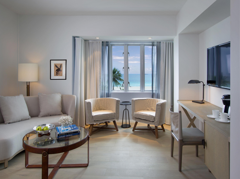 Hip Lounge Luxury Modern property living room condominium home Suite Villa Bedroom