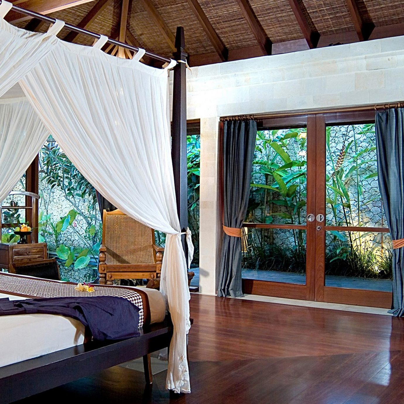 Bedroom Hip Lounge Luxury Modern Suite property house curtain Resort home Villa cottage living room