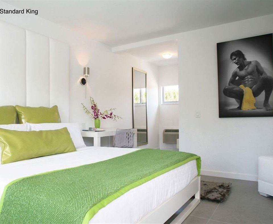 Bedroom Hip Lounge Modern Romantic Suite green property scene colored