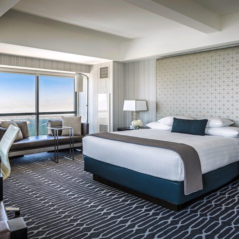 Bedroom Hip Luxury Modern Suite property condominium living room