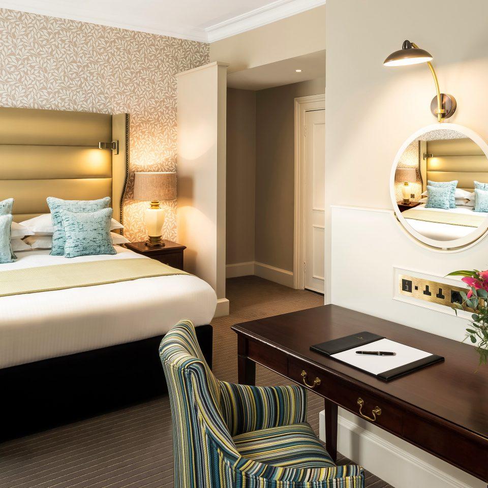 Bedroom Hip Luxury Modern Suite property home living room cottage