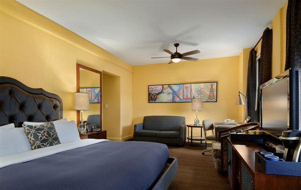 Bedroom Hip Luxury Modern Suite property living room home cottage Villa condominium