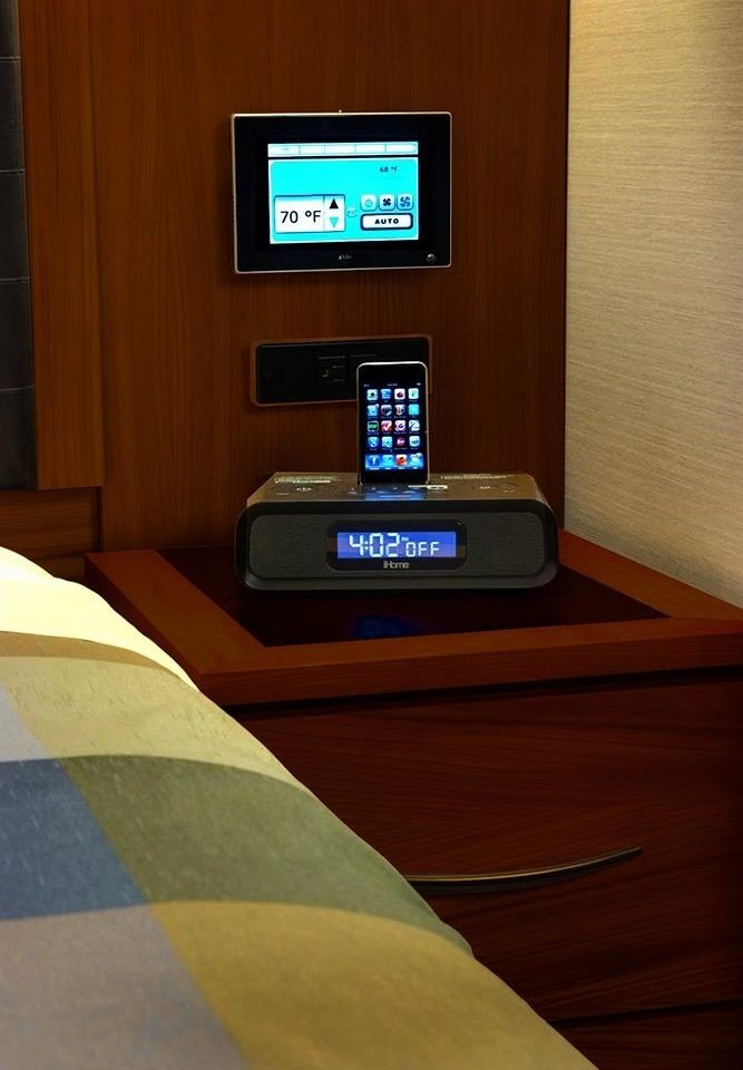 Bedroom Hip Luxury Modern Suite screenshot personal computer