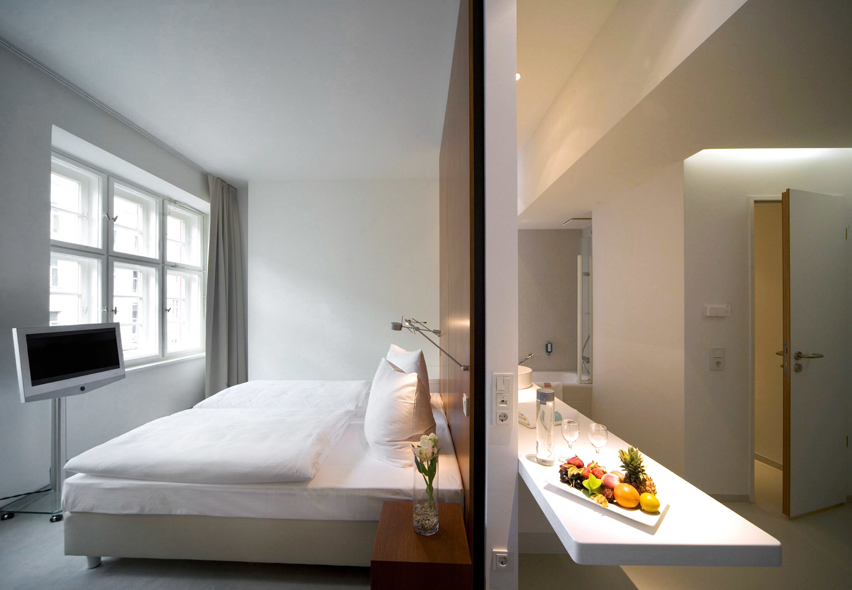 Bedroom Hip Luxury Modern Suite property home loft