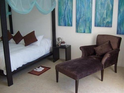 Bedroom Hip Luxury Modern Romantic Suite property cottage living room bed frame