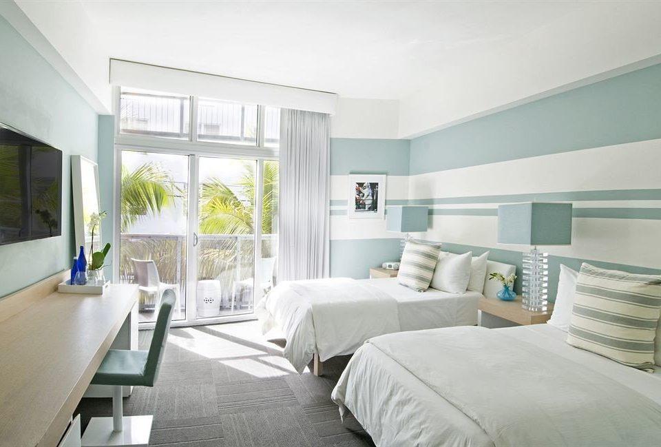 Bedroom Hip Luxury Modern Suite property condominium living room home scene green cottage