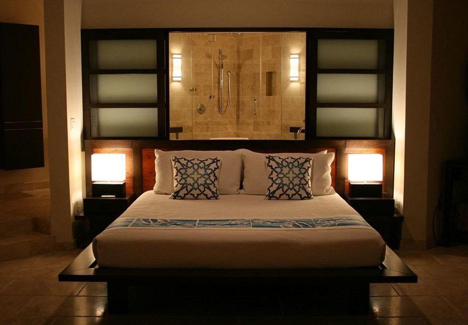Bedroom Hip Luxury Modern Romantic Scenic views Suite property living room home