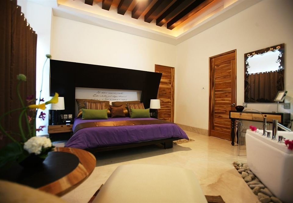 Bedroom Hip Luxury Modern Suite property home Villa cottage living room