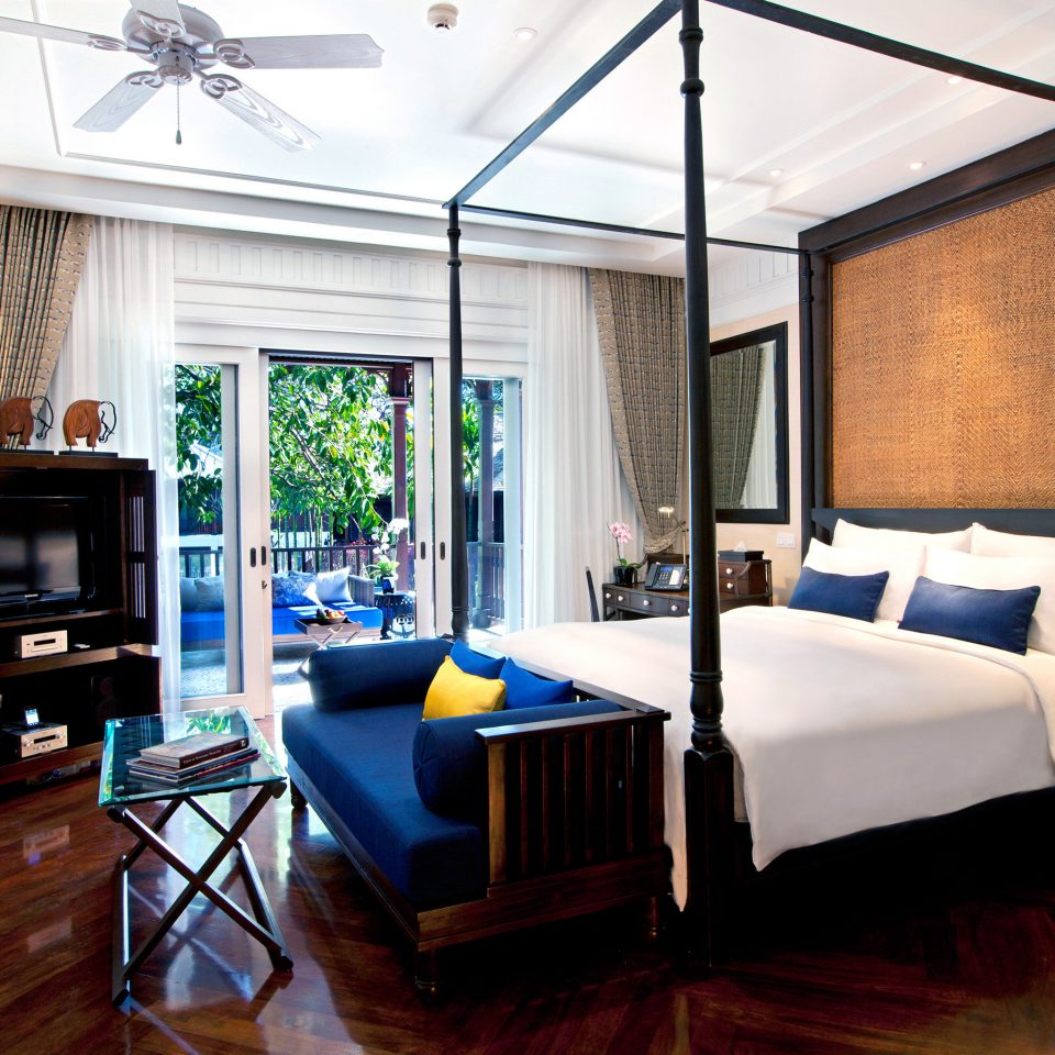Bedroom Hip Luxury Modern Suite property living room home condominium cottage Resort Villa