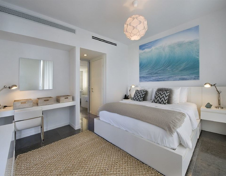 Bedroom Hip Luxury Modern Suite property white cottage Villa living room condominium