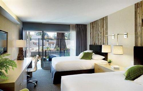 Bedroom Hip Luxury Modern Suite condominium property living room Villa home green Resort cottage