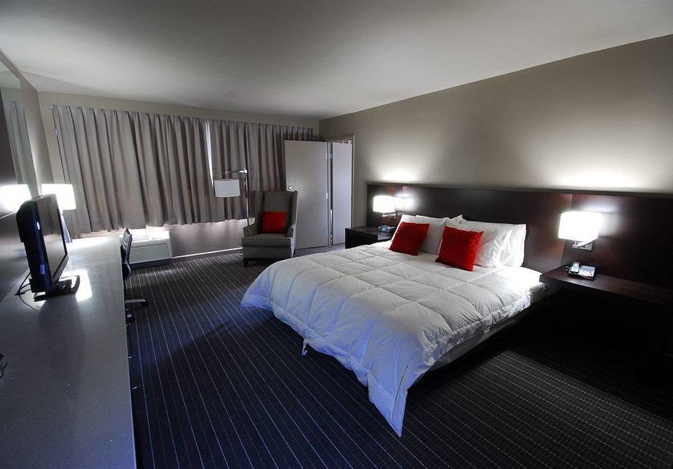 Bedroom Hip Luxury Modern Suite property condominium lamp