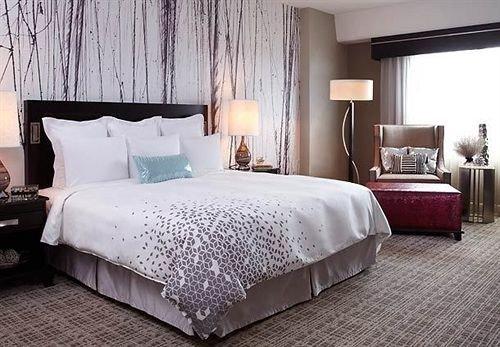 Bedroom Hip Luxury Modern Suite property bed sheet cottage bed frame night