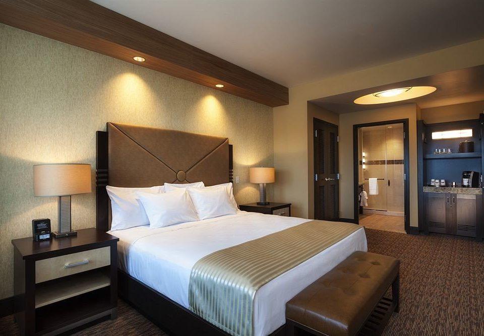Bedroom Hip Luxury Suite sofa property cottage lamp Modern flat