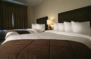 Bedroom Hip Luxury Modern Suite sofa property pillow cottage bed sheet bed frame