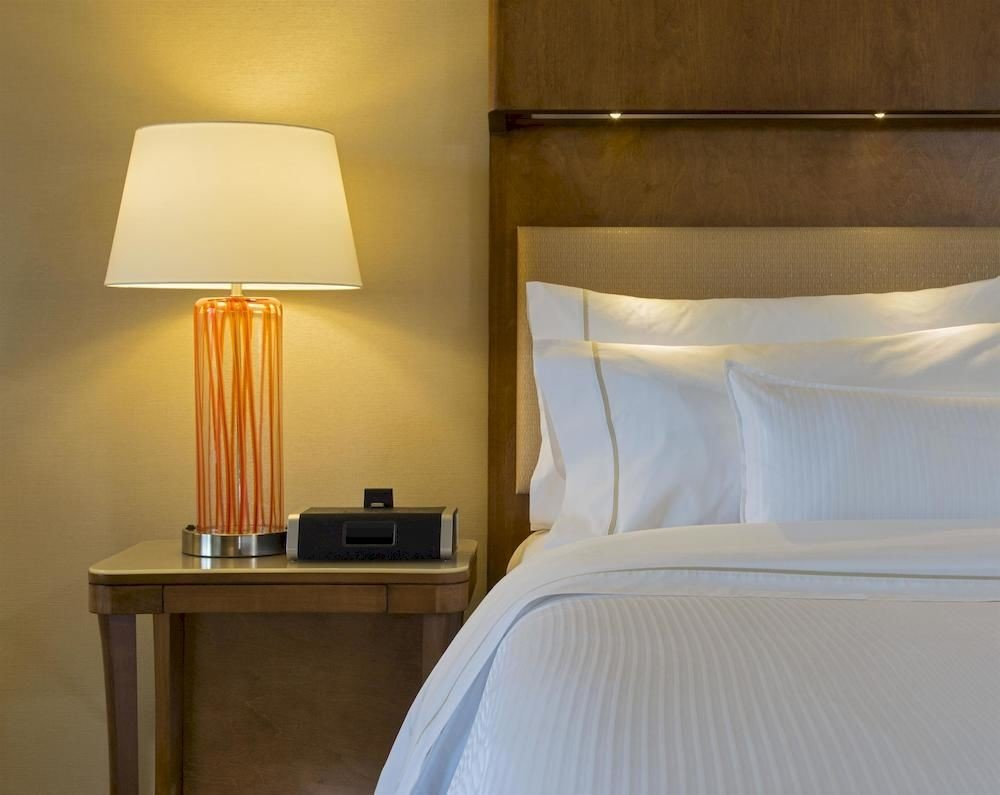 Bedroom Hip Luxury Modern Suite property lighting lamp light night
