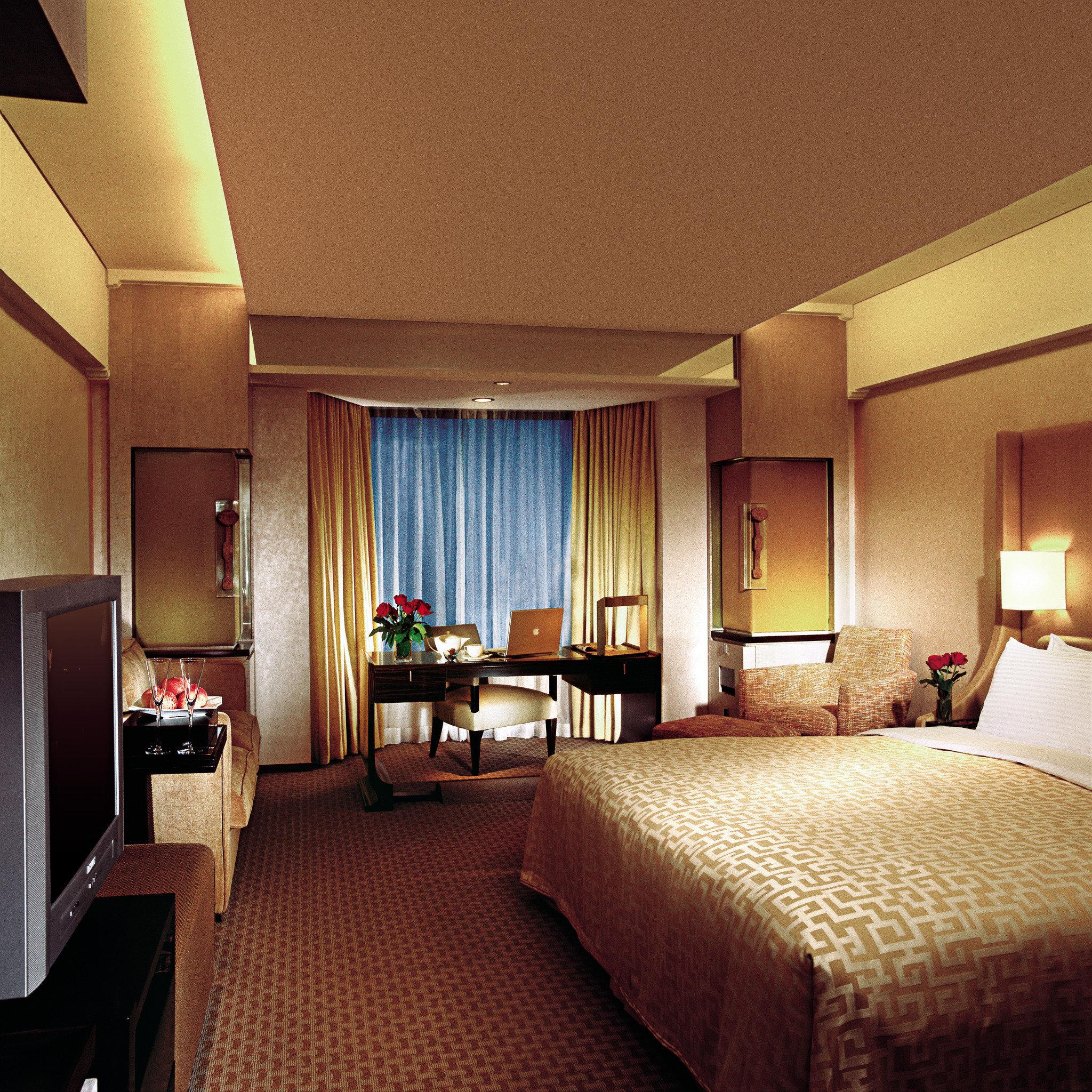 Bedroom Hip Luxury Suite property Resort cottage lamp