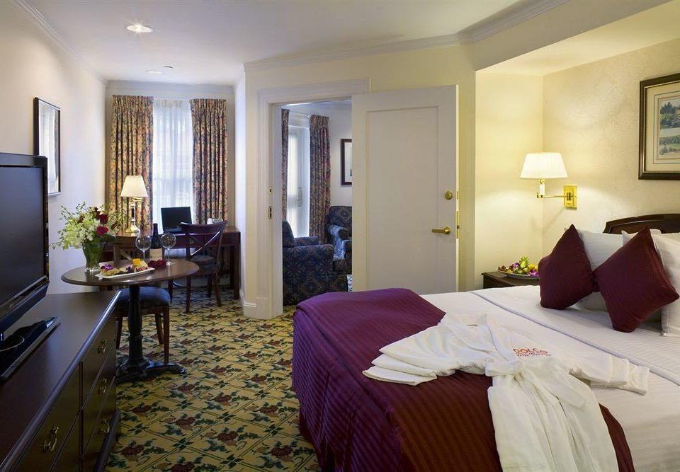 Bedroom Hip Luxury Suite property cottage home Villa living room flat