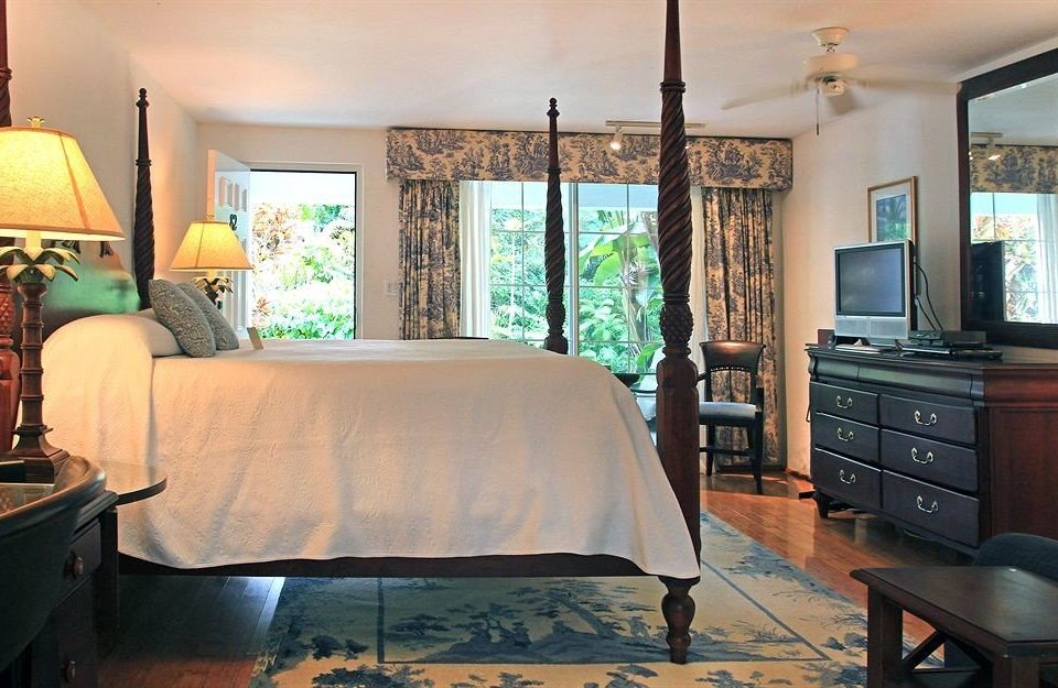 Bedroom Hip Luxury Suite property living room home cottage hardwood Villa