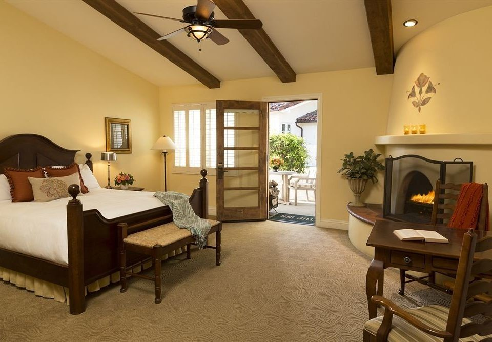 Bedroom Hip Luxury Suite property home cottage living room Villa farmhouse