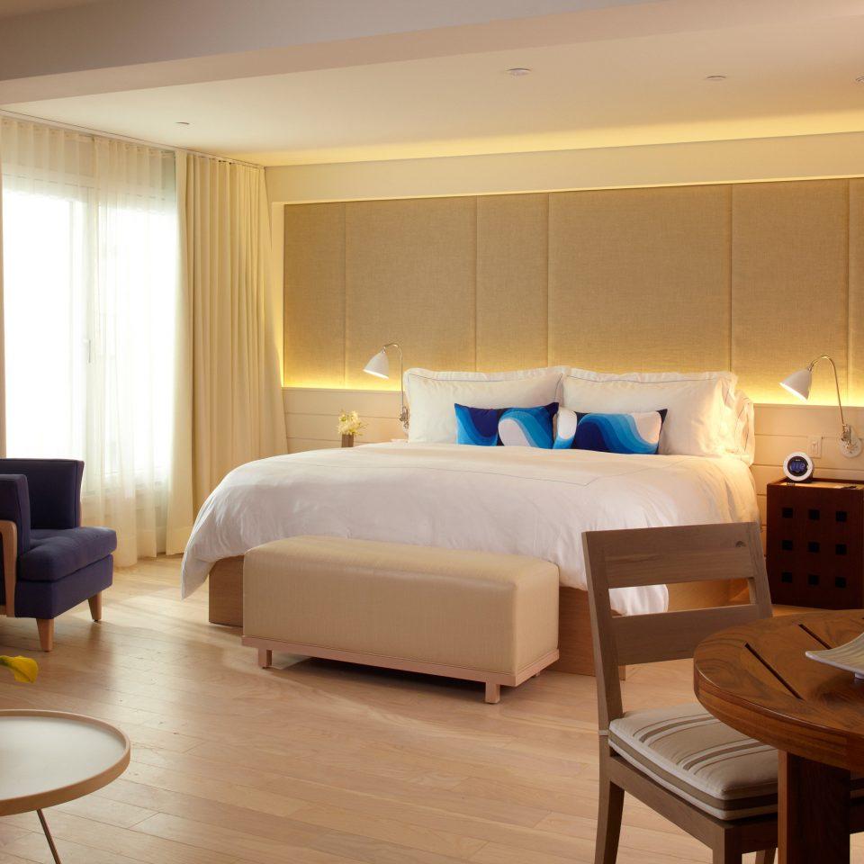 Bedroom Hip Luxury Suite property hardwood home living room cottage