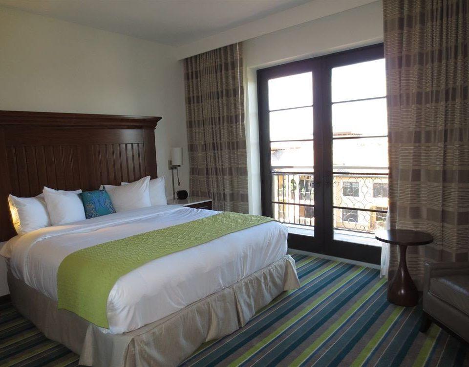 Bedroom Hip Luxury Suite sofa property green cottage condominium