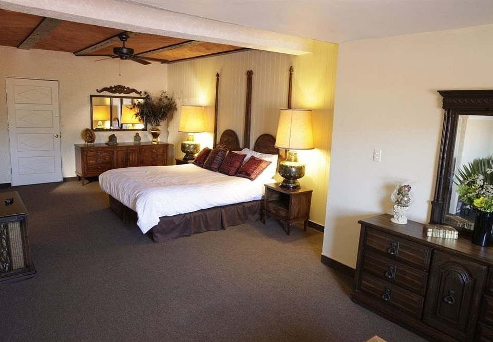 Bedroom Hip Luxury Suite property cottage home Villa