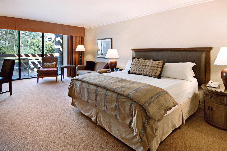 Bedroom Hip Luxury Suite property hardwood home cottage