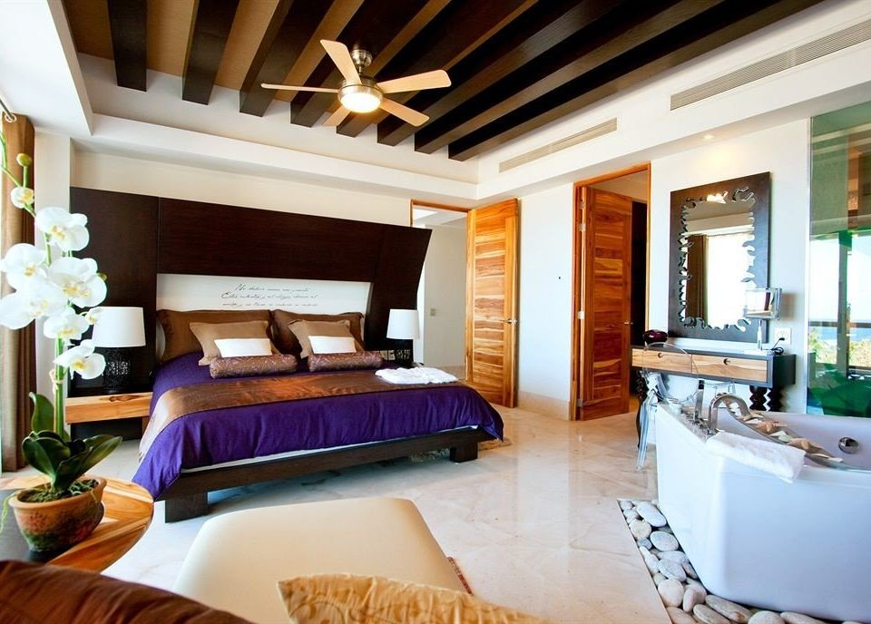 Bedroom Hip Modern Suite property home living room Villa Resort cottage condominium mansion