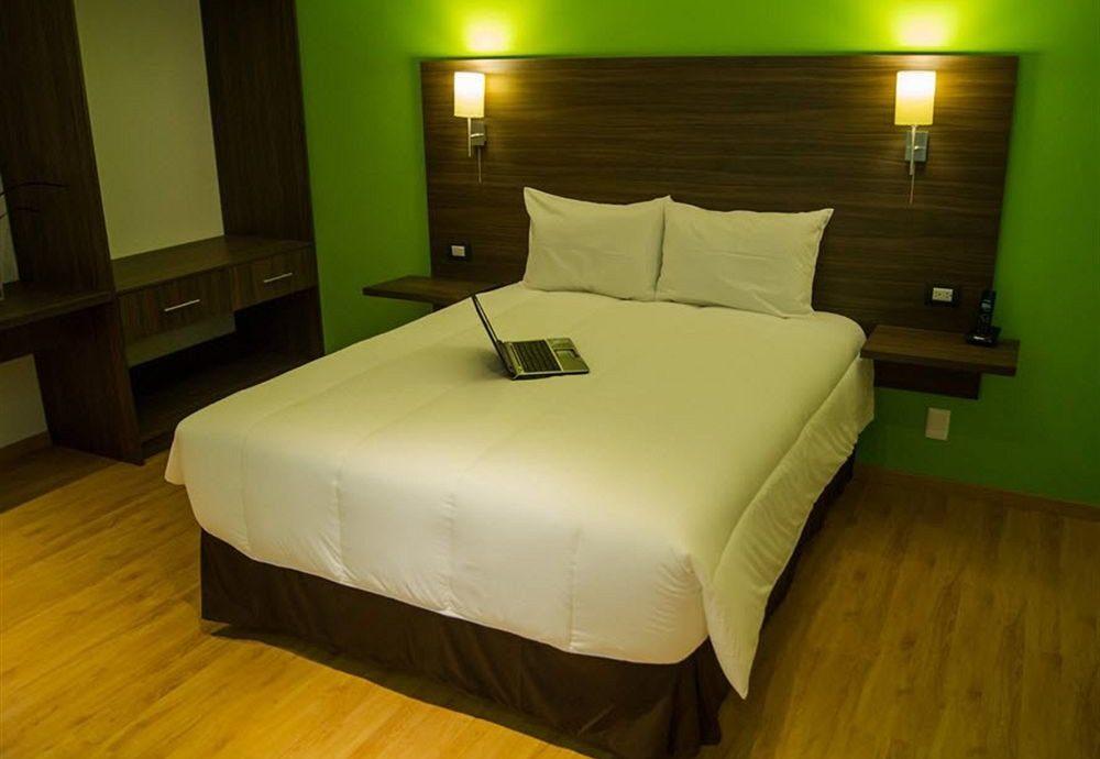Bedroom Hip Modern Romantic Suite property green bed sheet