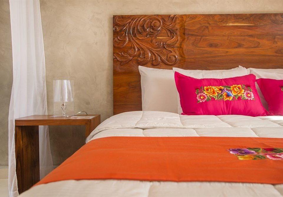 Bedroom Hip Modern Suite red orange bed sheet pillow textile cottage duvet cover bed frame colored