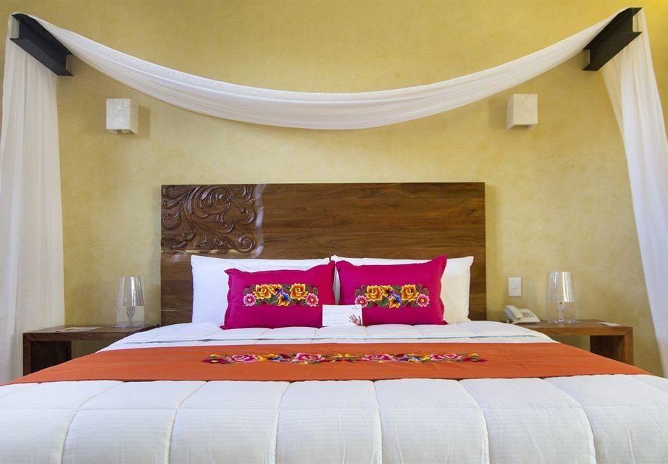 Bedroom Hip Modern Suite sofa property pillow bed sheet cottage bed frame textile bedclothes colored