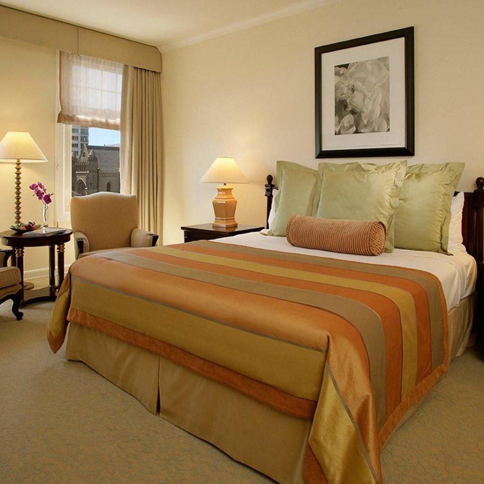 Bedroom Hip Modern Suite property home cottage bed sheet living room lamp