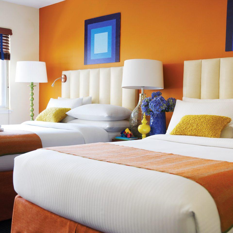Bedroom Hip Modern sofa property scene Suite cottage home bed sheet living room flat