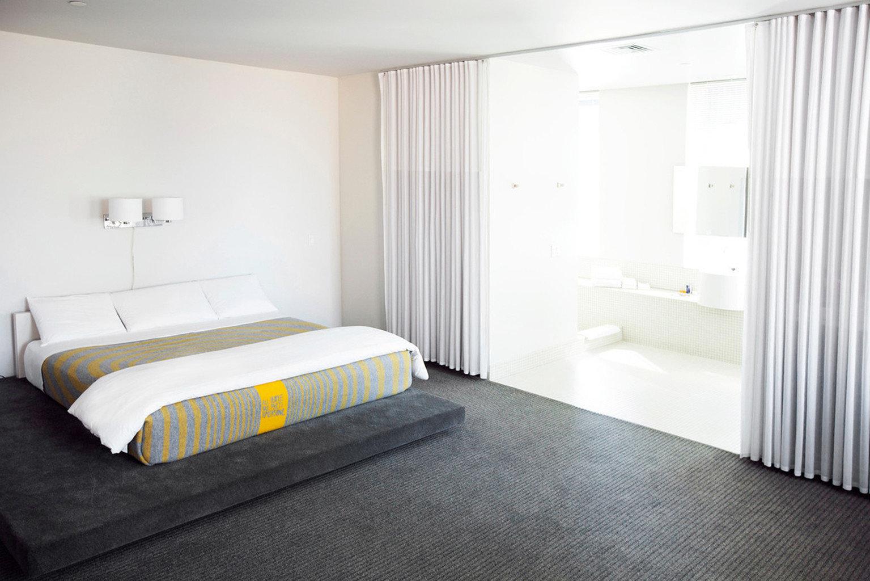 Bedroom Hip property curtain Suite cottage