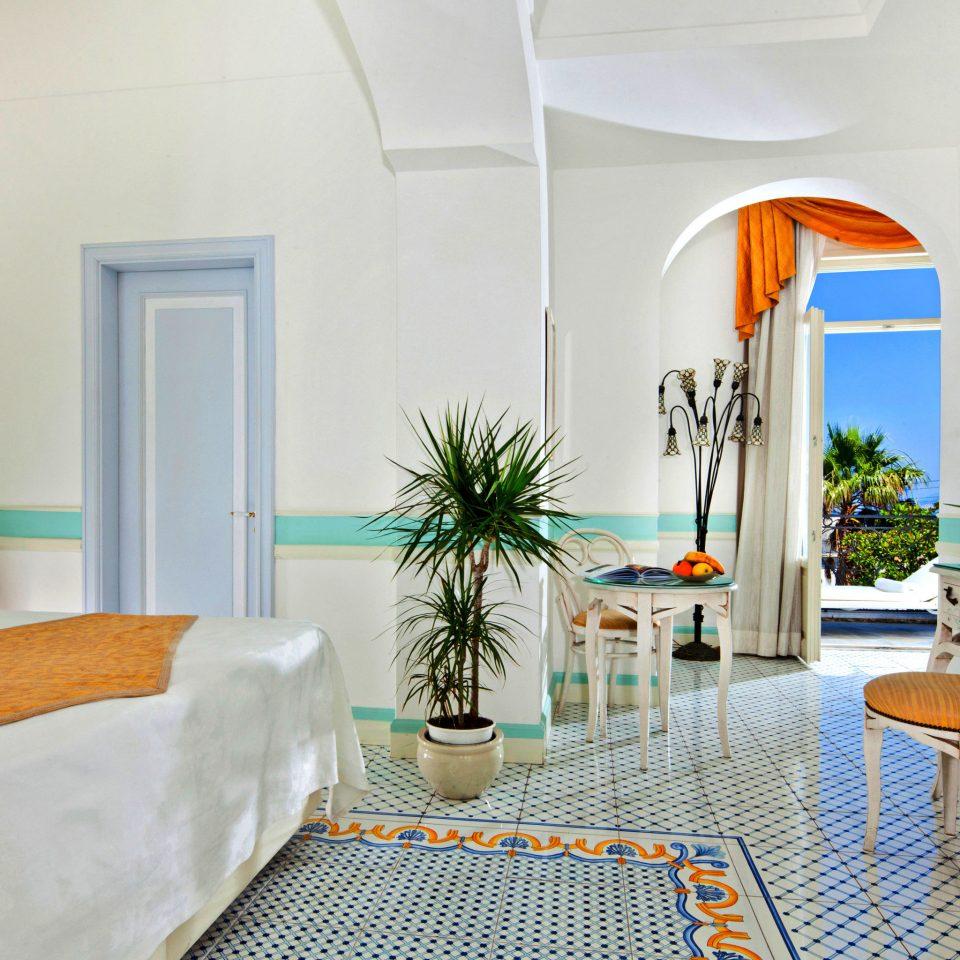 Bedroom Hip property Suite living room condominium home cottage Villa